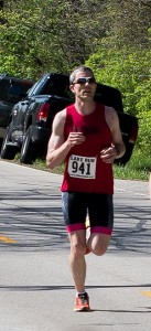 Tuuk wins Lake Run Half, sets course record.