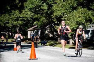 Lisa Becharas comes down the home stretch to win the Litchfield Triathlou.